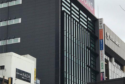 ラウンドクロス新宿6階